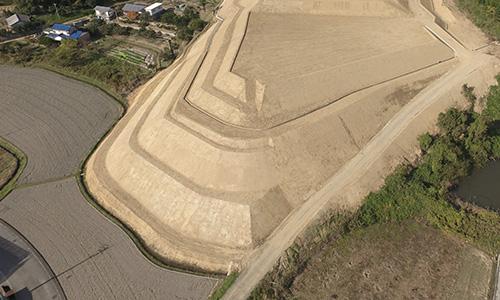 実績画像01-香川県さぬき市太陽光建設用地造成