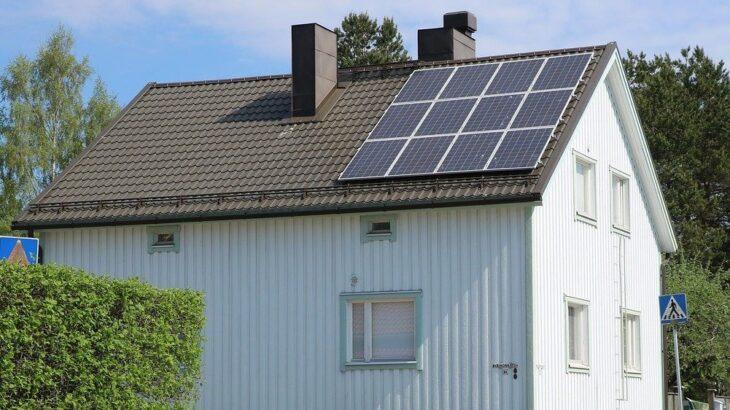 地震や豪雨、台風等の災害時には太陽光発電がオススメ!その理由は?