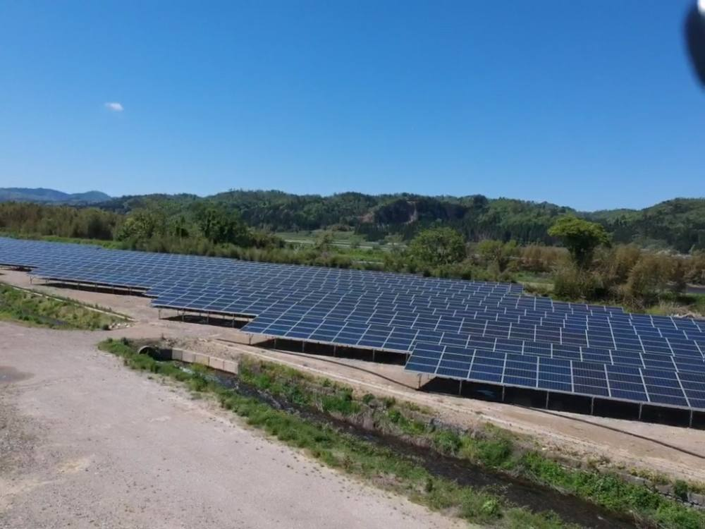 実績・評判口コミ画像03-産業用太陽光発電システム 2033.0kW 滋賀県高島市