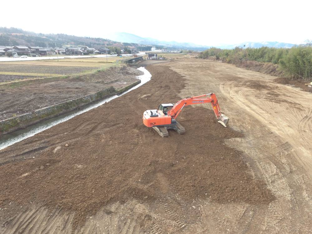 実績・評判口コミ画像06-滋賀県高島市 ・太陽光発電用地造成 ・用悪水路改修工事
